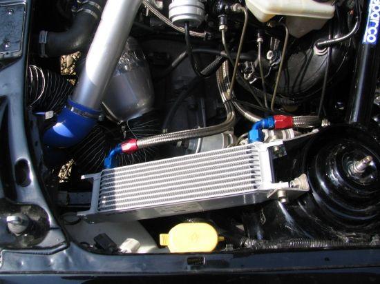 Radiateur d'huile pour le moteur et le turbo